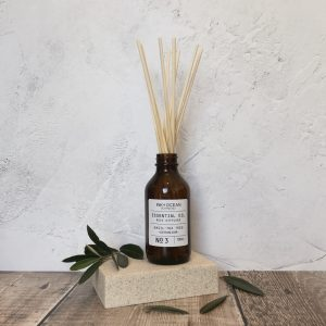 essential oil aromatherapy reed diffuser