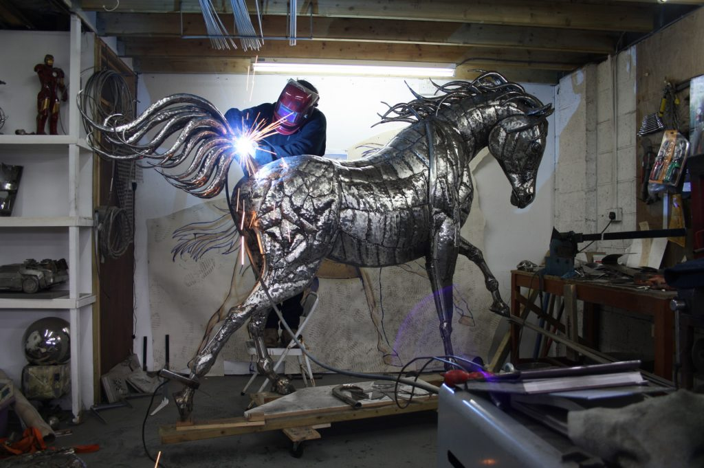 This image has an empty alt attribute; its file name is michael-turner-horse-1024x681.jpg